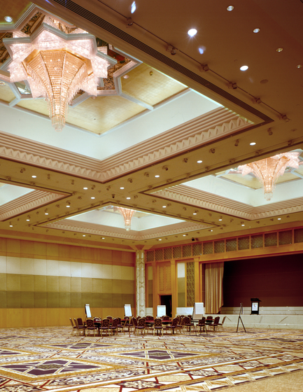 Grand Hyatt Dubai - 171175 by Kalmar | Chandeliers