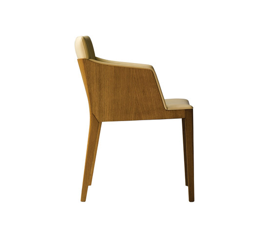Beatrice by Poltrona Frau | Chairs