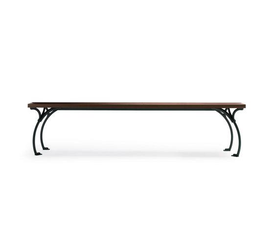 Sangirolamo by Poltrona Frau   Dining tables