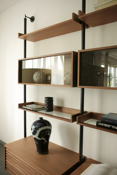 Ubiqua 51 by Porada | Shelves