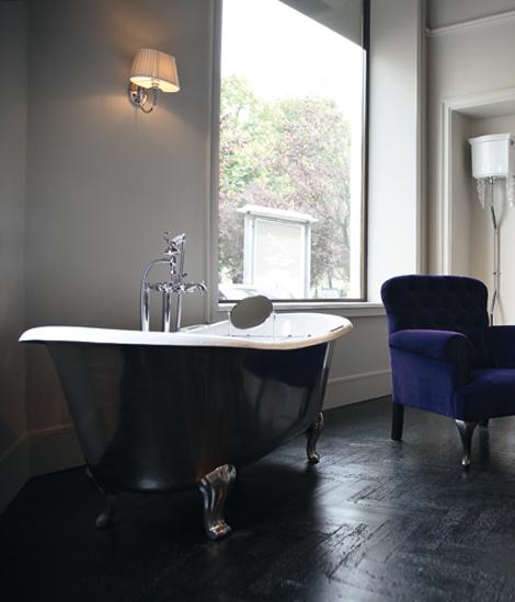 Admiral Lux | Interior by Devon&Devon | Bathtubs