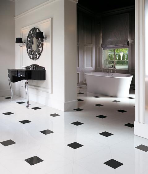 Miami | Interior by Devon&Devon | Free-standing baths