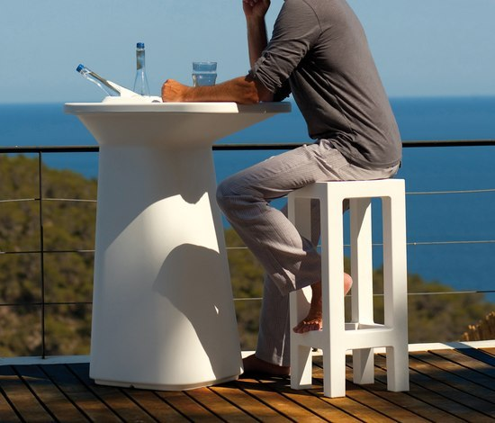 Moma Aire High by Vondom | Bar tables