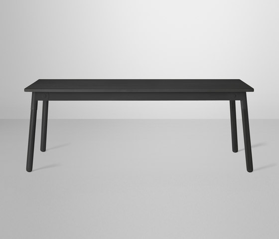 Adaptable Dining Table by Muuto | Restaurant tables