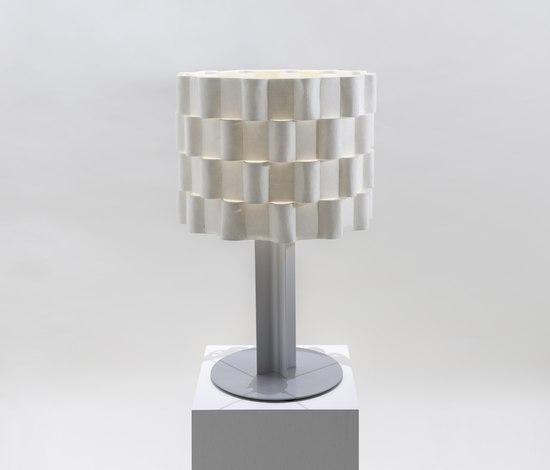 Loop Tischlampe von Innermost | Allgemeinbeleuchtung