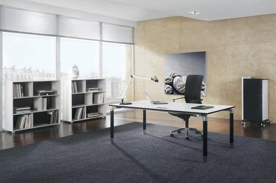 Antaro Desking programme di Assmann Büromöbel | Scrivanie individuali
