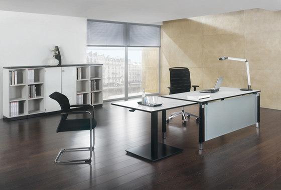 Antaro Schreibtischsystem von Assmann Büromöbel | Einzeltische
