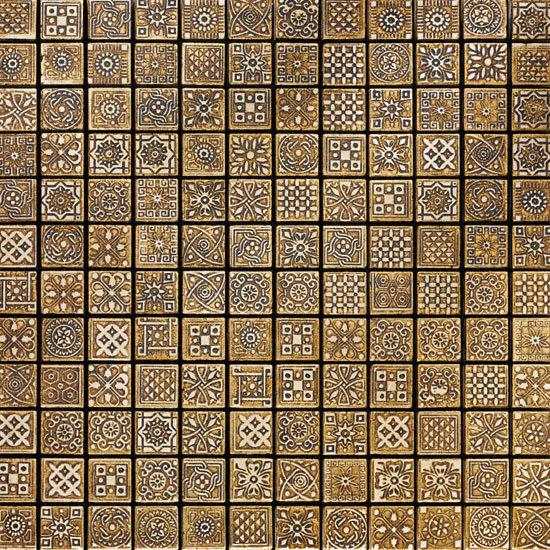 MOS/2,5 Dark Gold 800 Mosaic by Petra Antiqua srl | Natural stone mosaics
