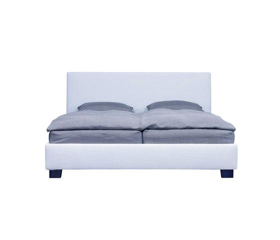 Princessa Bed by Neue Wiener Werkstätte   Double beds
