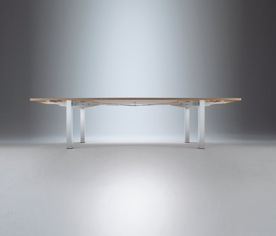 Varion Table by Christine Kröncke | Dining tables