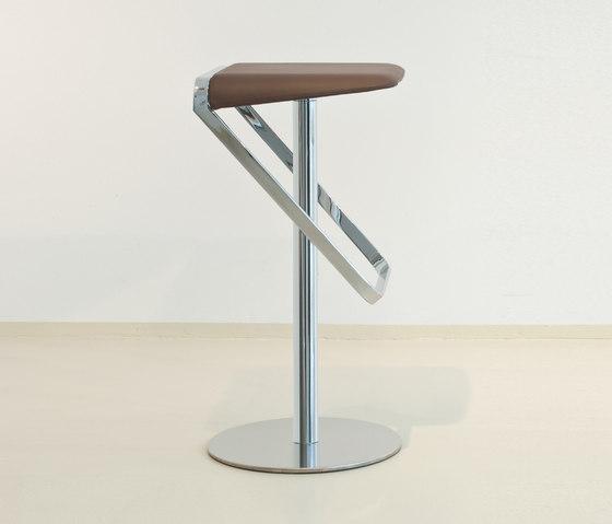 SERA_PELLE by FORMvorRAT | Bar stools