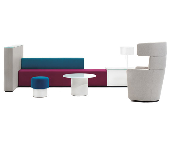 PARCS Causeway by Bene | Waiting area benches