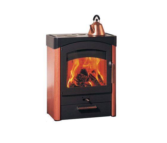 Pallas by Austroflamm | Wood burning stoves