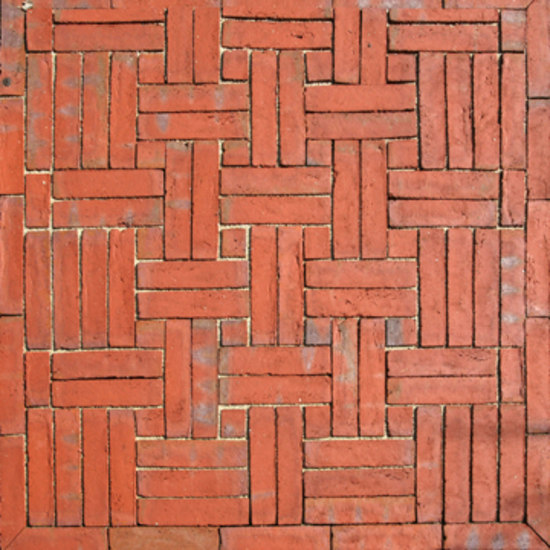 B07 by Petersen Gruppen | Paving bricks