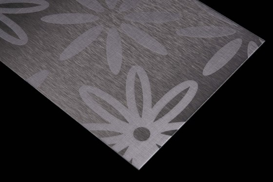 Aluminium | 110 | Blossoms by Inox Schleiftechnik | Metal sheets