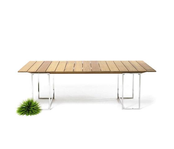 T 74 Outdoor Table de Ghyczy | Tables à manger de jardin