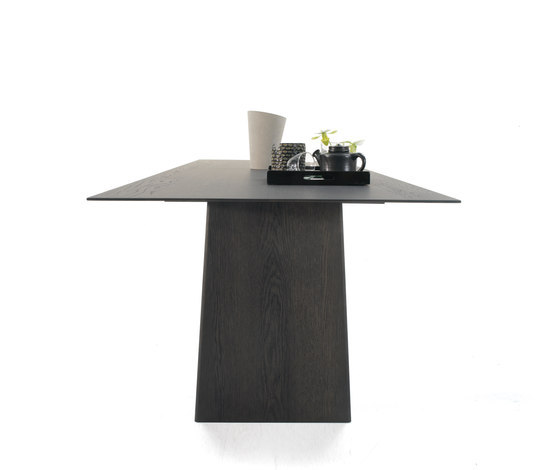 Lance by Arco | Restaurant tables