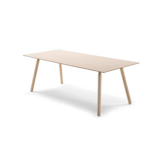 Nomad by Arco | Dining tables