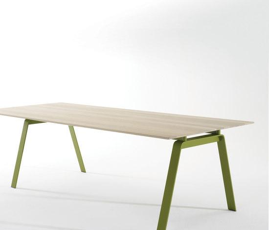 Vista by Arco | Individual desks