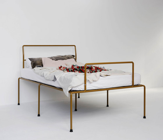 Sevenfeetup by Atelier Haußmann | Bedframes
