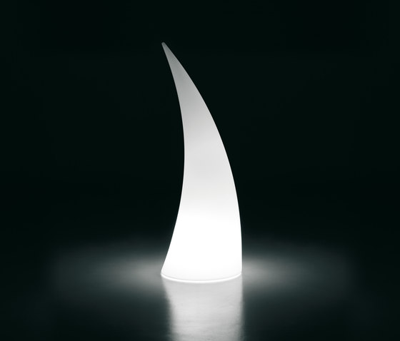 Horn | Light di PLUST | Lampade piantana