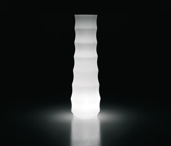 Roo | Light di PLUST | Lampade piantana