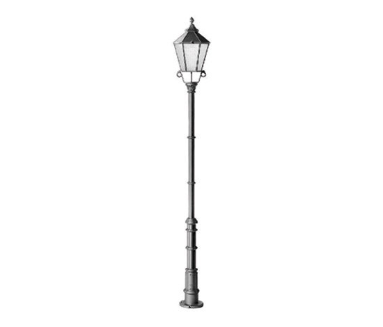 Alt Berlin single Pole mounted luminaire by Hess | Path lights