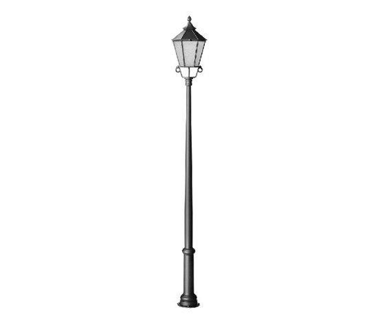 Alt Brandenburg single Pole mounted luminaire by Hess   Path lights