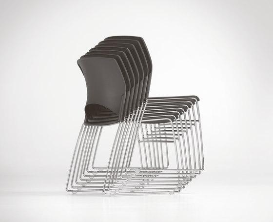 PIXO Stuhl von Girsberger | Mehrzweckstühle