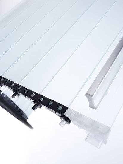 RAUVOLET vetro-line von REHAU | Rollfronten