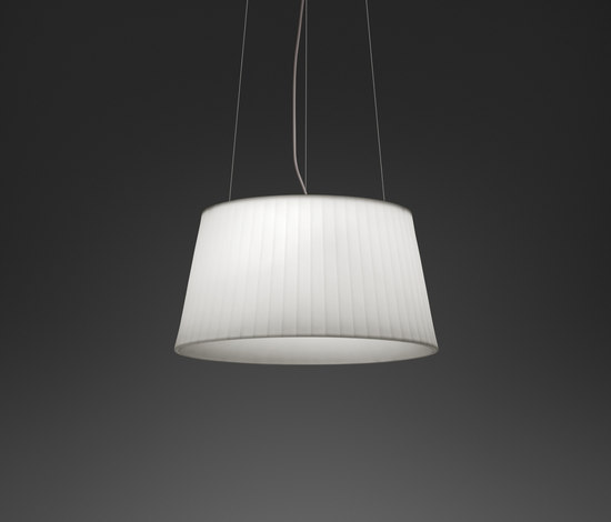 Plis Outdoor 4040 Pendant lamp by Vibia | Pendant lights