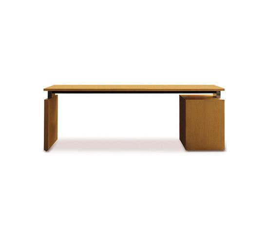Essence.2 desk di Haworth | Scrivanie direzionali