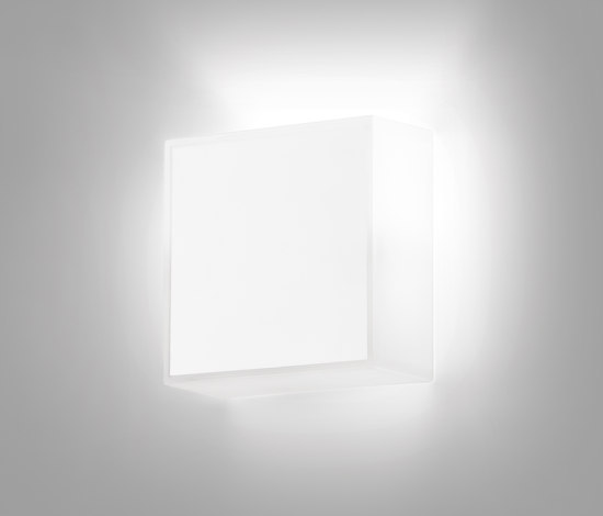 Beta 7905 Wall lamp by Vibia | General lighting