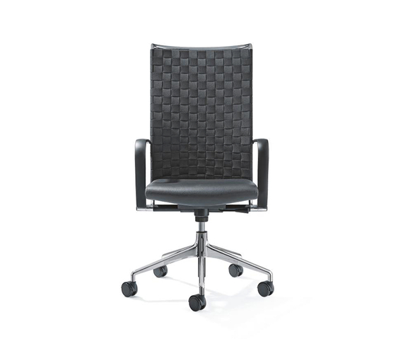 CORPO Swivel chair by Girsberger | Management chairs