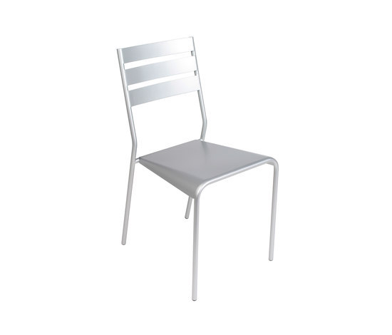 Facto Chair by FERMOB | Garden chairs