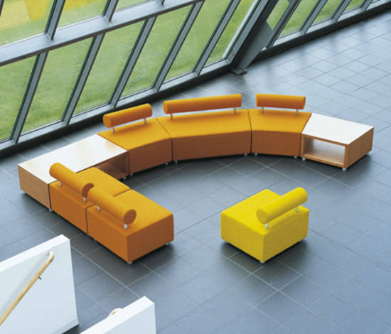 SE04 by Haworth | Modular seating elements