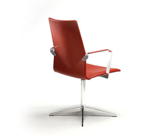 Four Cast XL by Four Design | Conference chairs