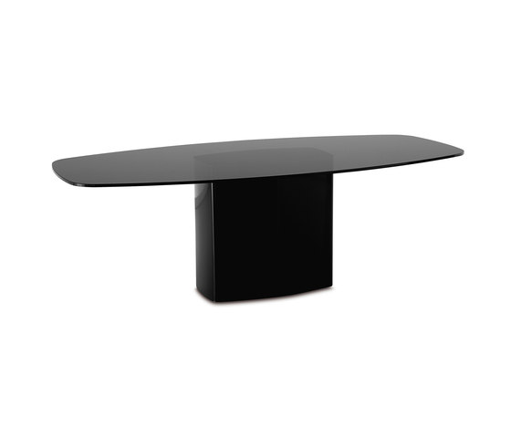 Aero* by PEDRALI | Dining tables