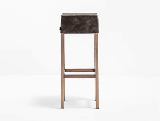 Cube 1400 by PEDRALI | Bar stools