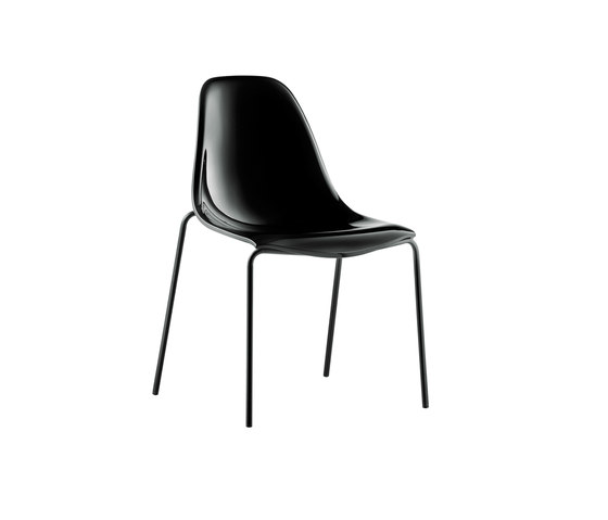 Day Dream 405 by PEDRALI   Restaurant chairs