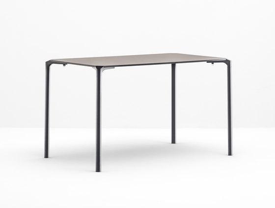 Jump TJ4 by PEDRALI | Restaurant tables