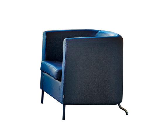 Club easy chair by Materia | Lounge chairs