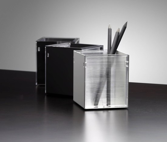 DIN - 13 by Vilagrasa | Pen holders