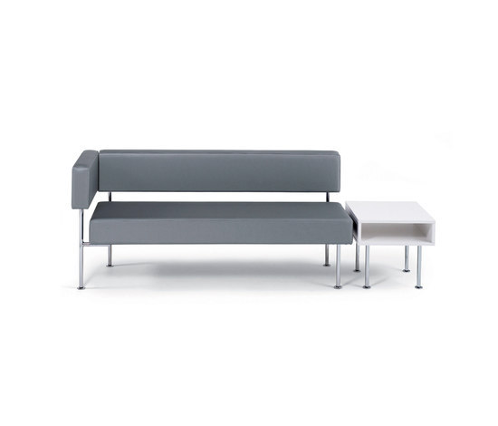 Longo sofa/table by Materia | Modular seating elements