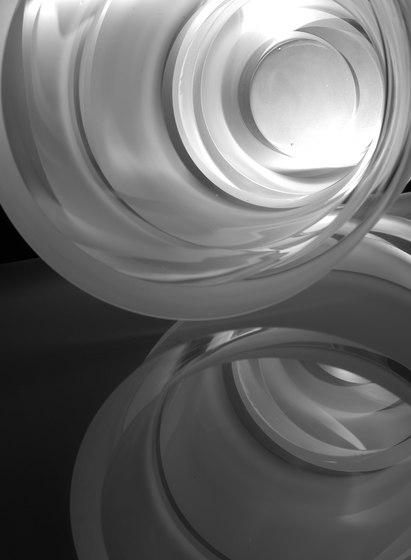 Armadillo   Vase crystal by Anna Torfs   Vases