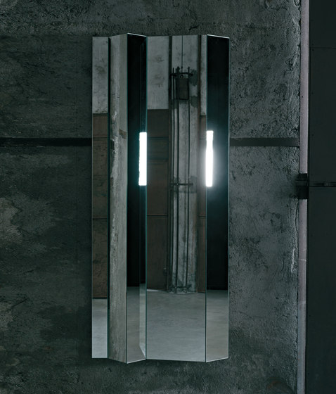 Kingdom by Glas Italia | Mirrors