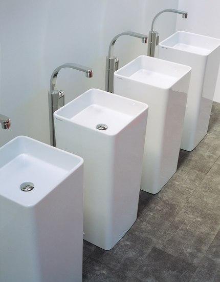 Monowash 40 basin by Ceramica Flaminia | Vanity units