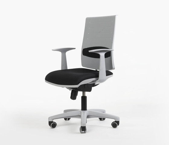 Zero7 by Ares Line | Task chairs