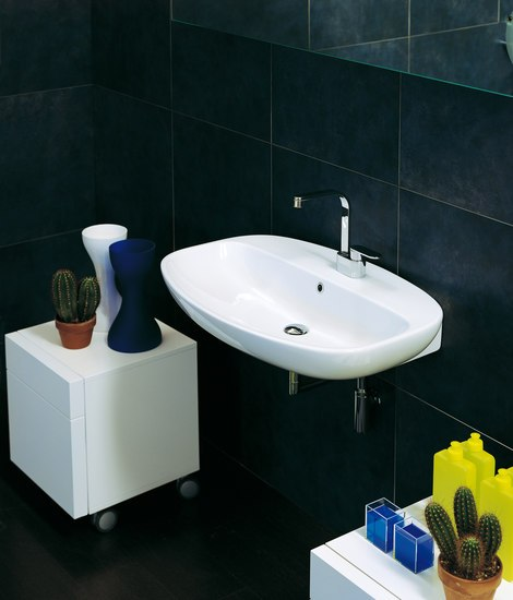 Nuda 85 basin by Ceramica Flaminia | Wash basins