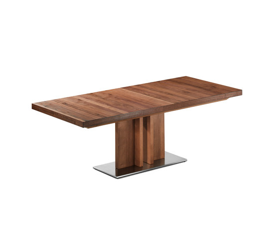 Lamesa Dining Table by die Collection | Dining tables